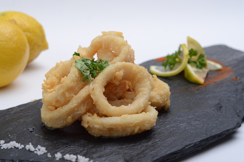 FRIED SQUIDS RINGS (RABAS A LA ROMANA)