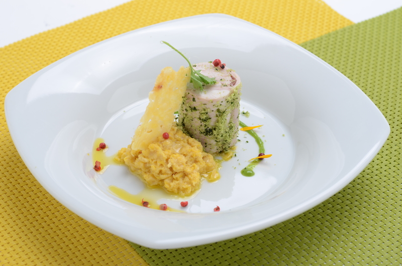 SWEETENED RABBIT WITH CREAMY CORN AND CUARTIROLO CHEESE